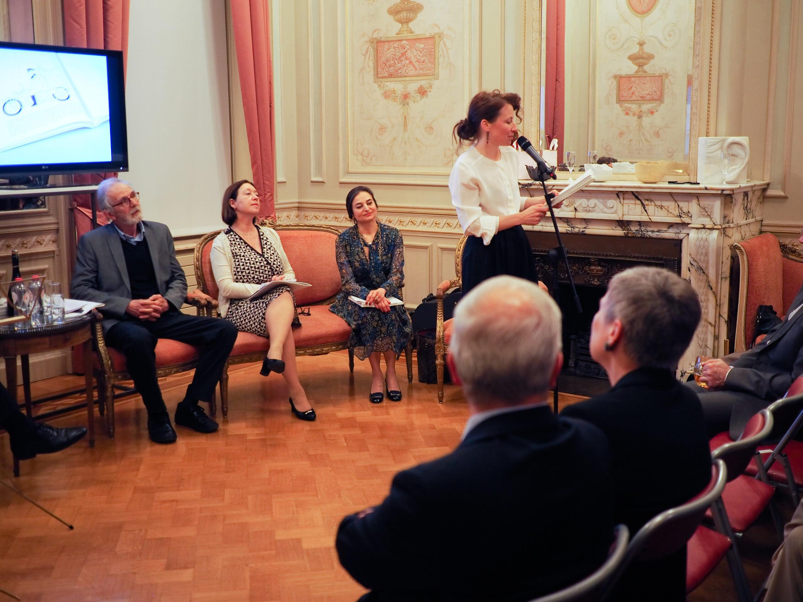 Zleva: Robert Russell, Ingrid Schulerud a Fariba Thomson.